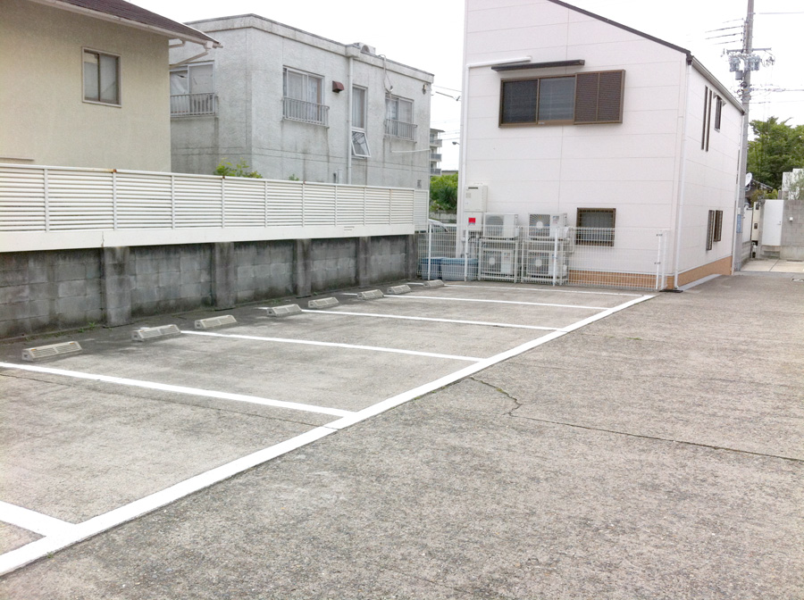 parking01w900